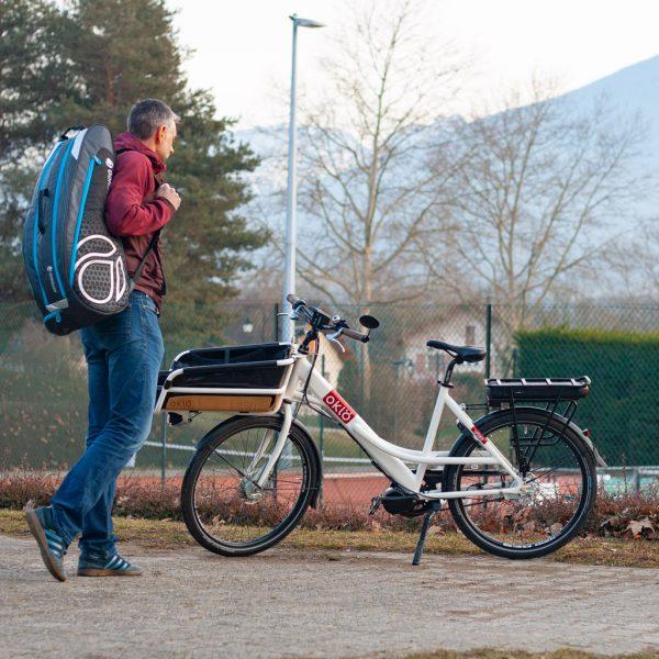 PAck vélotaf élec pour transporter un sac de sport