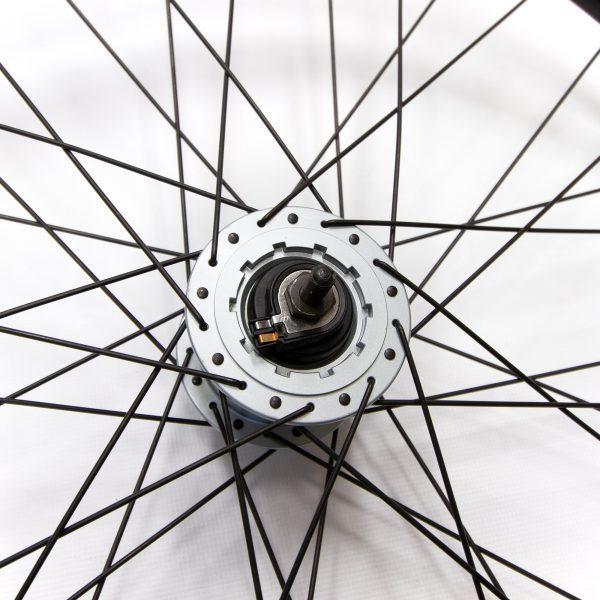 roue avant moyeu dynamo pour freins roller brake