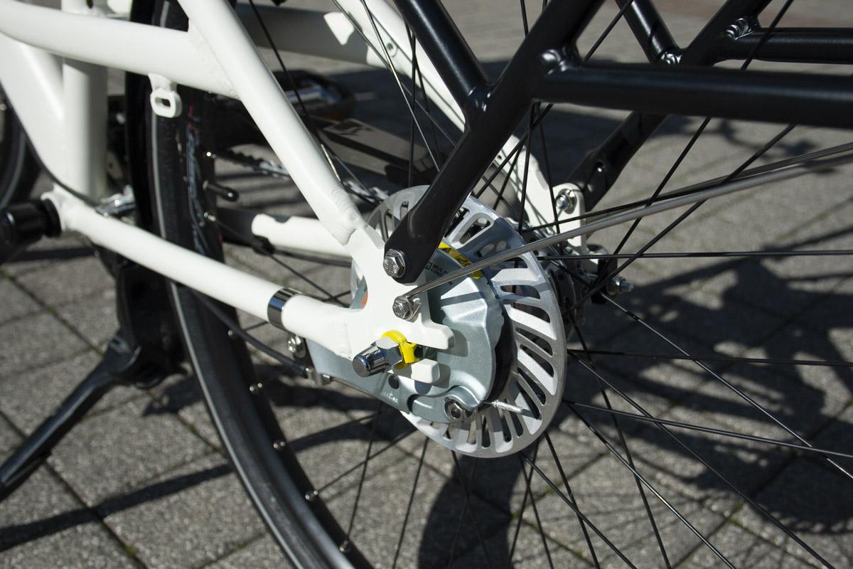 Frein à tambour Shimano Roller Brake C6000 arriere